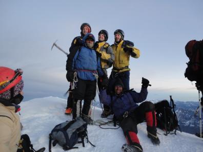 Hans, Asmus, unser Guide und ich nach dem Aufstieg