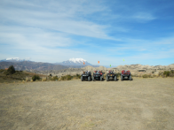 Quads vor dem Mount Illimani