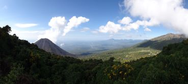 Panoramic view at the start of the hike