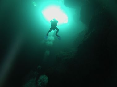 Diver in The Pit